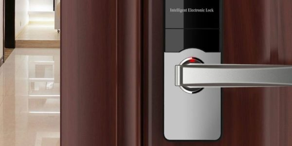 Commercial Emergency Locksmith Service 600x300 - Commercial Emergency Locksmith Service
